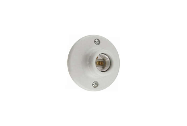 the most streamlined keyless light option is the leviton \2 pin keyless lamp ho 16