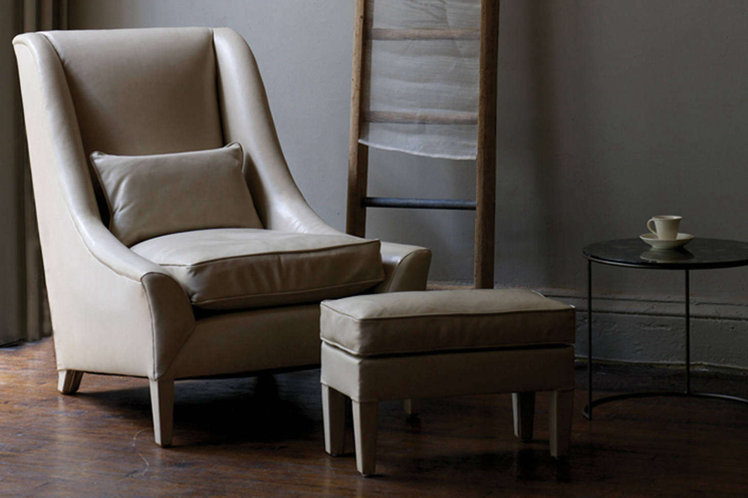 The Ochre Snooze Chair is made with a traditionally upholstered beech frame, double cone springs, and cushions with piping. Contact Ochre for more information.