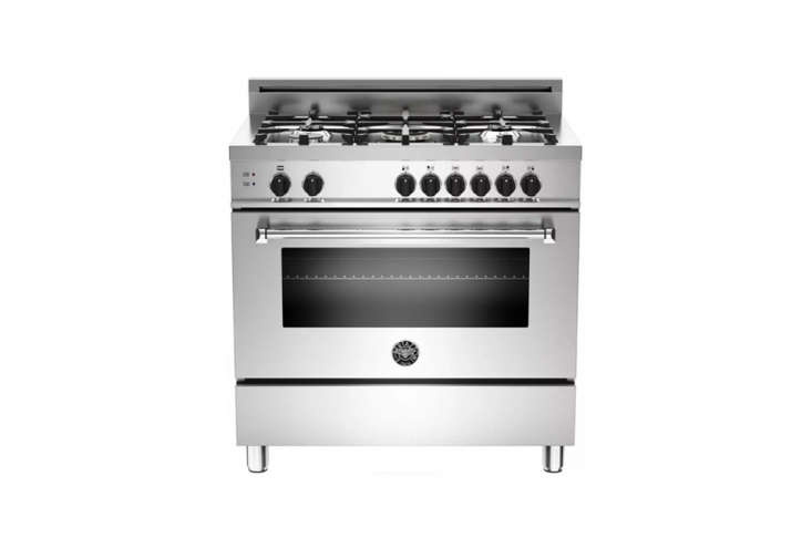 thebertazzoni professional free standing dual fuel rangewith self cleaning  18