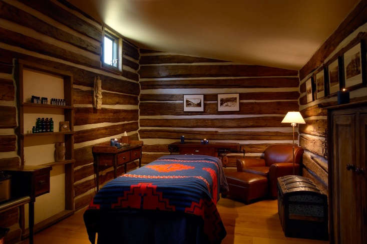 The Pony Express guest room with a single twin bed.