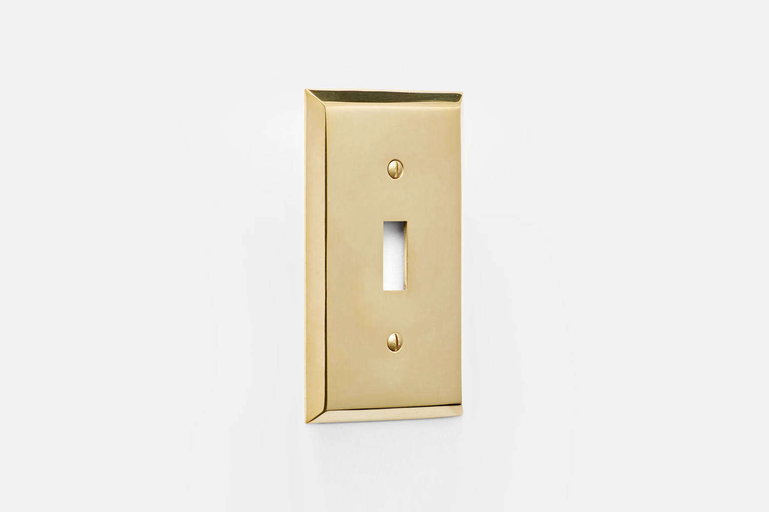 From Rejuvenation, the Lewis Single Toggle Switchplate, shown in Unlacquered Brass, is $.