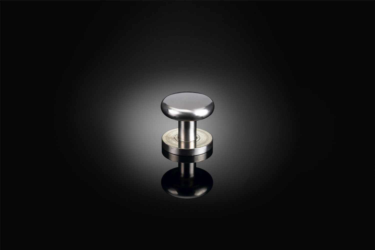 the izé mzc0\1 cabinet knob designed by max bill is available by contacting iz 12