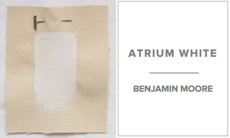 A favorite white for Michielli & Wyetzner Architects in New York is Benjamin Moore Atrium White. &#8