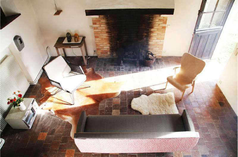 The cottages are dressed in vintage furniture and accessories. The couple restored much of the furniture themselves, and some pieces are for sale to guests.