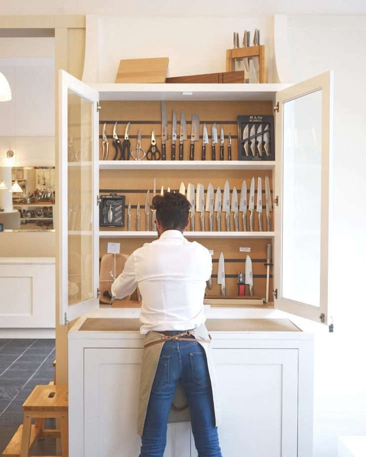 les touilleurs in montreal knife cabinet
