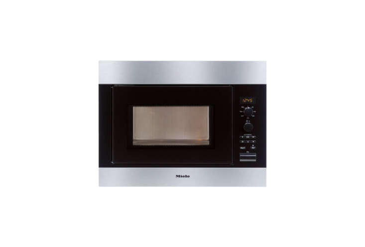 10 Easy Pieces Builtin Microwaves The Miele Chef&#8\2\17;s Series 8\260 Built in Microwave is a \24 inch wide model; \$999 at Plessers.