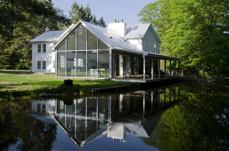 architectural designer tom givone renovated an \18\20 farmhouse in the catskill 15