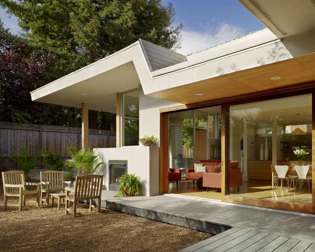 patio, \2 bar house, menlo park, california photo: joe fletcher 44