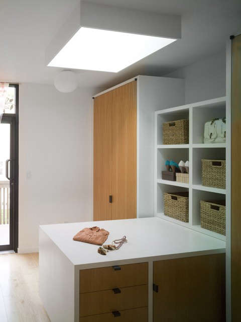 a skylit dressing room at the harlem townhouse: click here for more information 70