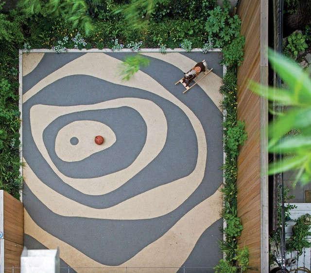 rear garden patio, east 9\2nd street townhouse 19