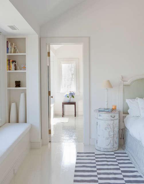 shelter island bedroom, the hamptons, ny photo: david gilbert 64