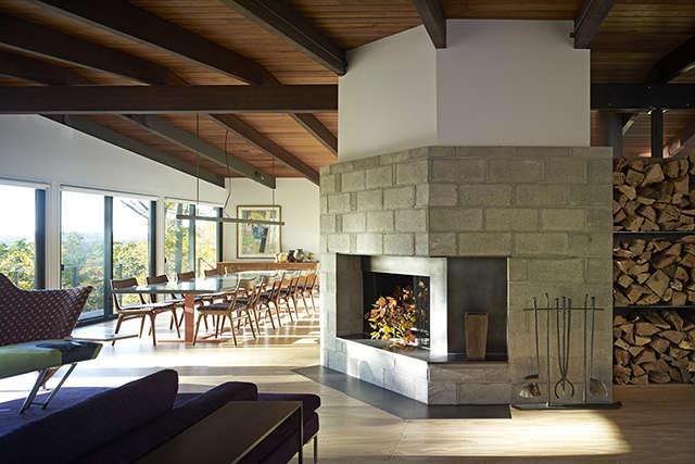 Paradise Lane, New Milford, CT: living / dining room Photo: Peter Murdock