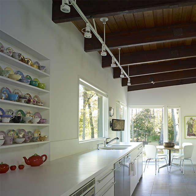 Paradise Lane, New Milford, CT: kitchen Photo: Peter Murdock