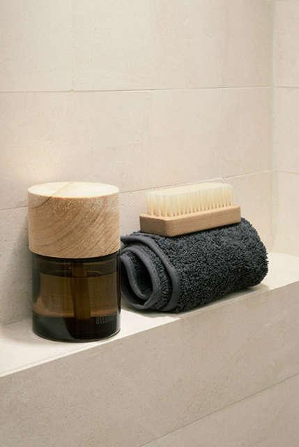 Naturalist  Bathroom