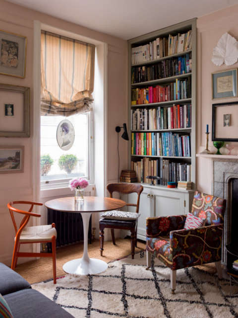 A sitting room, London