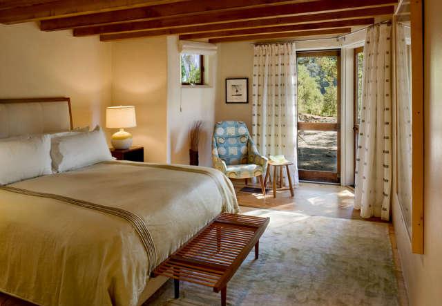 Big Sur Cabin Bedroom &#8class=