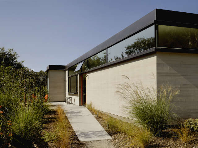 Schwartz and Architecture Hydeaway House