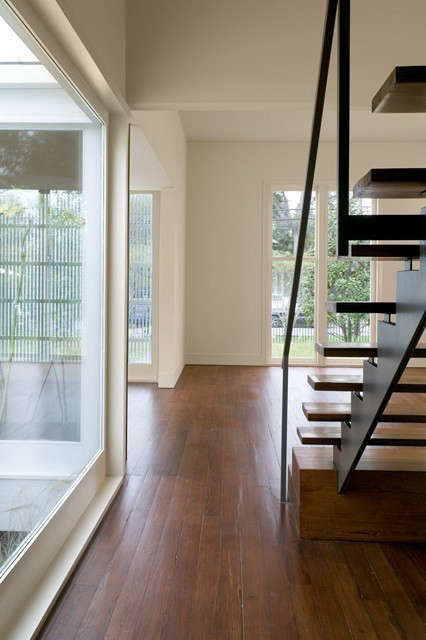 hallway/stair &#8\2\1\1; 5\19 state street, new orleans, louisiana 16