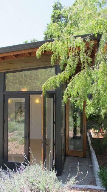 Garden Yoga Studio, detail