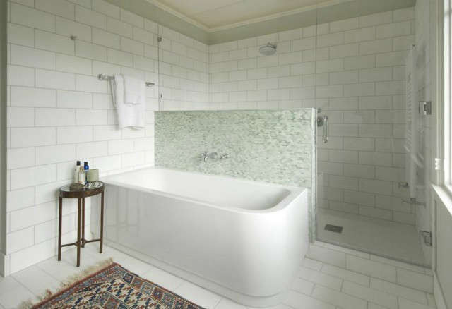 residential bathroom remodel at \17th ave 23