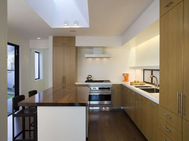 liberty street residence: multiple sources of natural and artificial light make 21