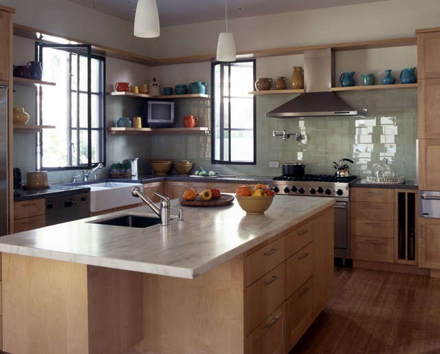 Cliffwood House kitchen