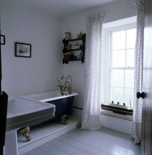 Hackett Holland Ltd Bathroom Welsh Farmhouse