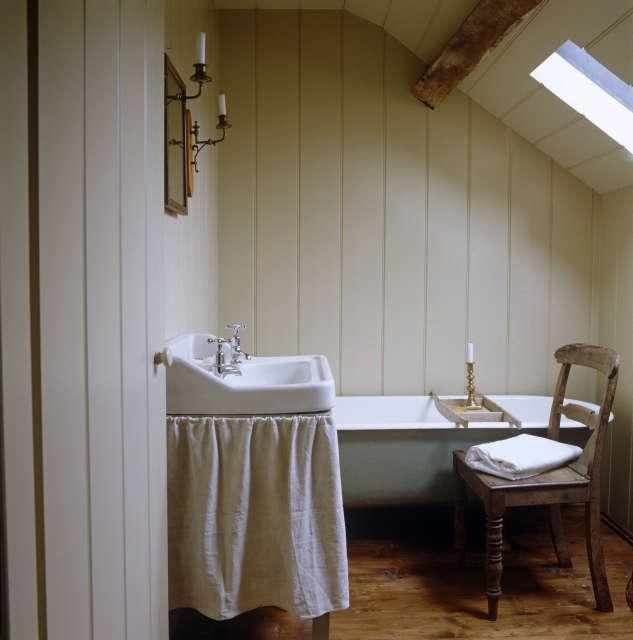 Hackett Holland Ltd Guest Bathroom