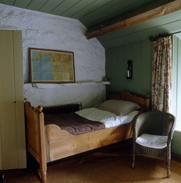 Hackett Holland Ltd Childrens Bedroom