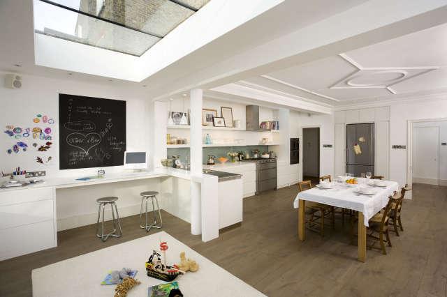 Hackett Holland Ltd Family Kitchen