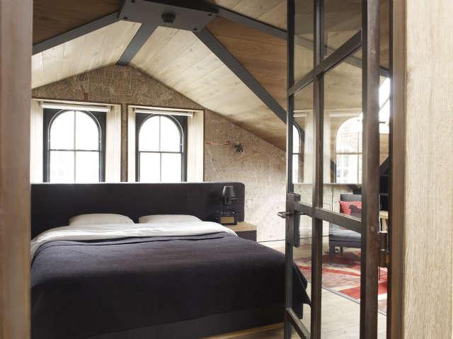 Hackett Holland Ltd Loft Bedroom