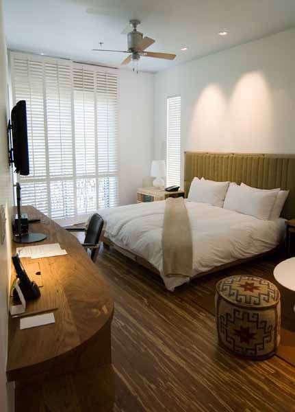 h\2 hotel guestroom &#8\2\1\1; architect: david baker + partners 20