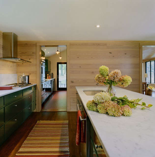 weekend house kitchen photo: karen cipolla 12