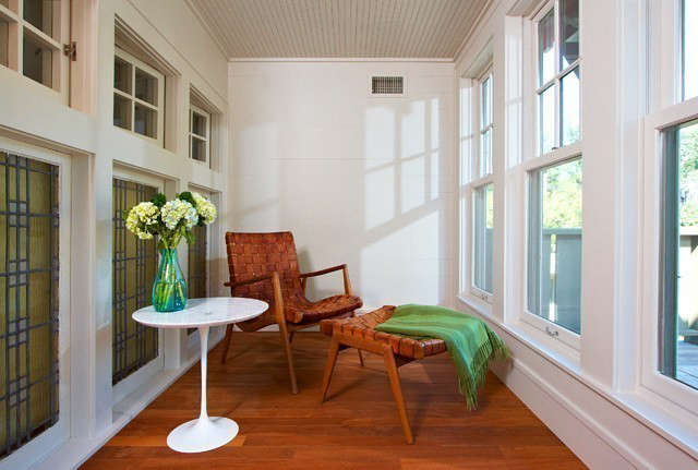 Albertsson Hansen Architecture Lowry Hill Remodeling &#8\2\1\1; Sun Room: Sun room in second floor of Lowry Hill remodeling Photo: Adan Torres