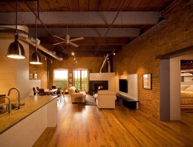 Albertsson Hansen Architecture Historic Modern Loft: Overall view of main floor living spaces in historic modern loft Photo: Dana Wheelock