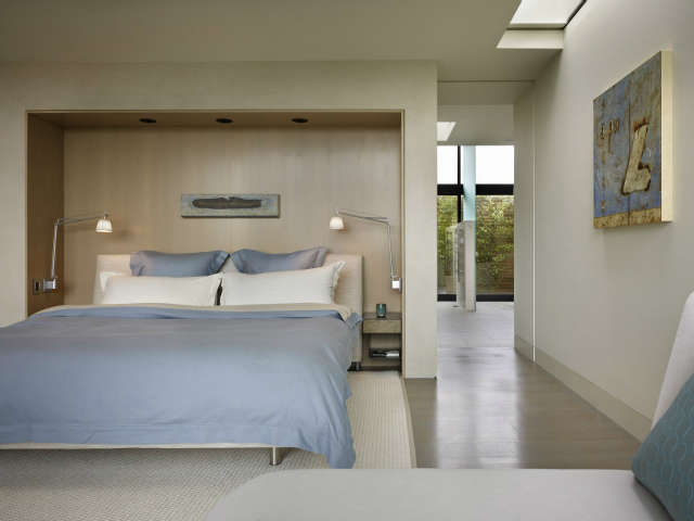 hillside modern bedroom 37