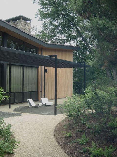Woodstock Courtyard: Architecture: Tamarkin Co.