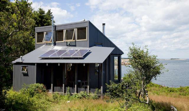maine island house &#8\2\1\1; off the grid three season retreat. 21