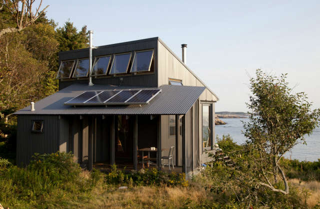 Maine Island House Photo: Eirik Johnson