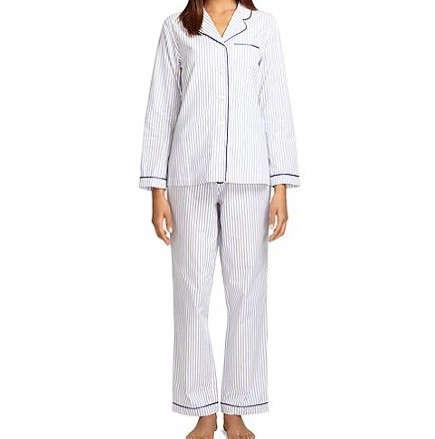 Editors Picks 12 Best Pajamas for Lounging portrait 10