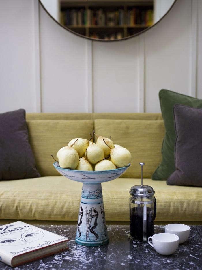 700 mellersch yellow sofa