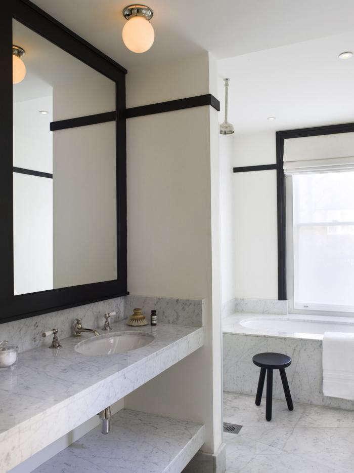 700 mellersh bath black trim 12