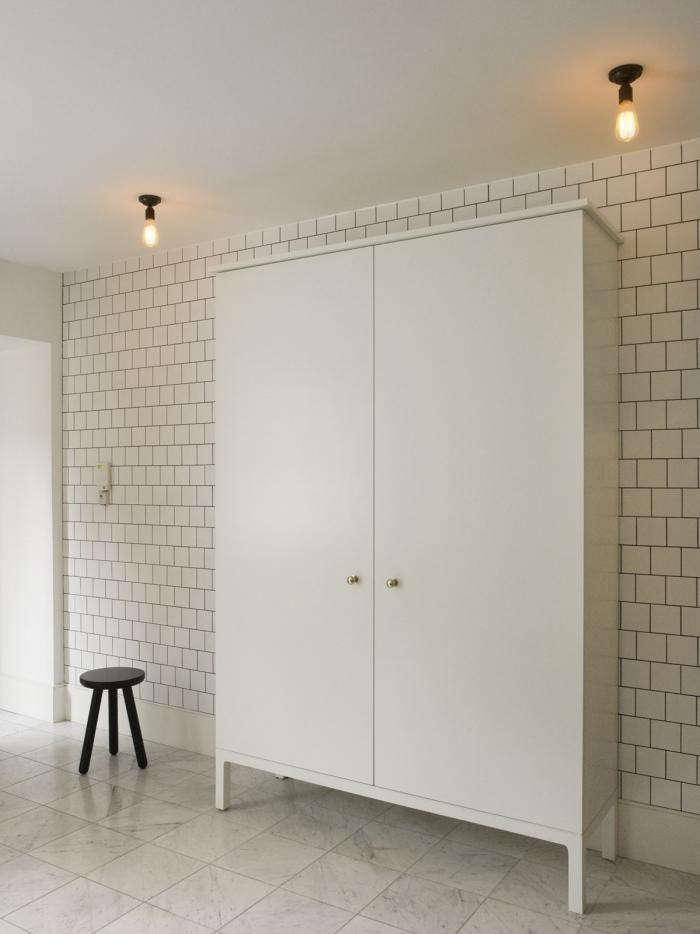 700 mellersh storage cabinet