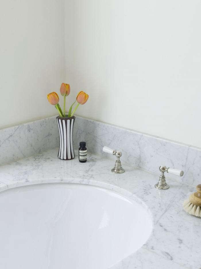 700 mellersh tub detail