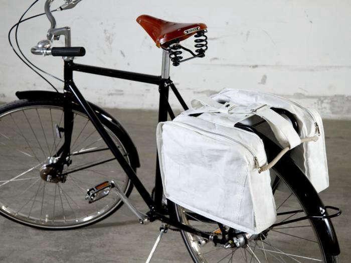 700 save the c bicycle bag 1