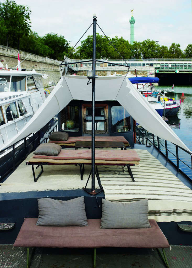 70br Valerie Mazerat houseboat Richard Powers Thames & Hudson Remodelista