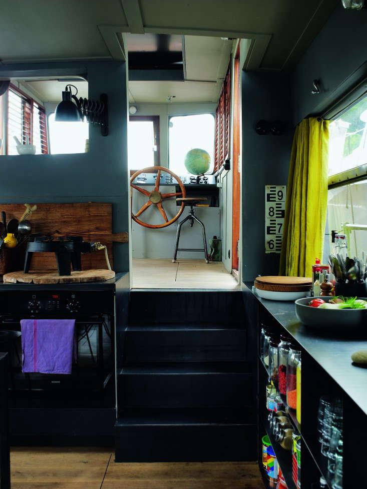 71br Valerie Mazerat houseboat Richard Powers Thames & Hudson Remodelista