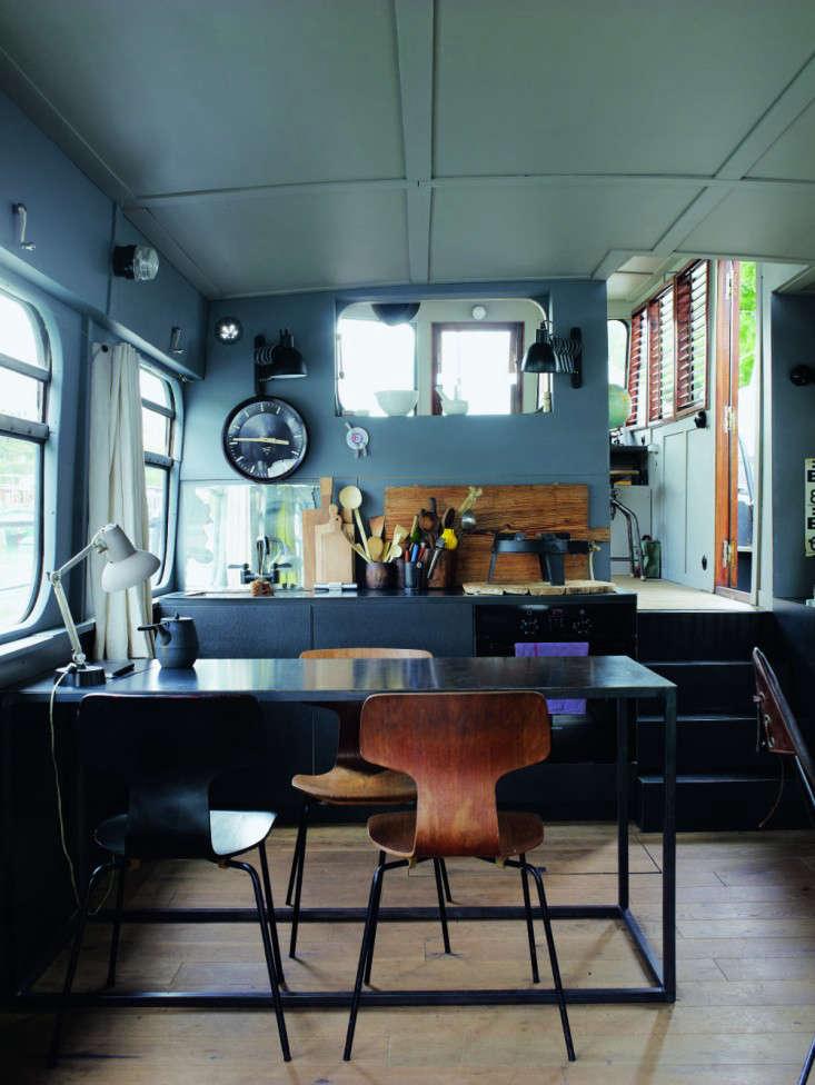 71tl Valerie Mazerat houseboat Richard Powers Thames & Hudson Remodelista