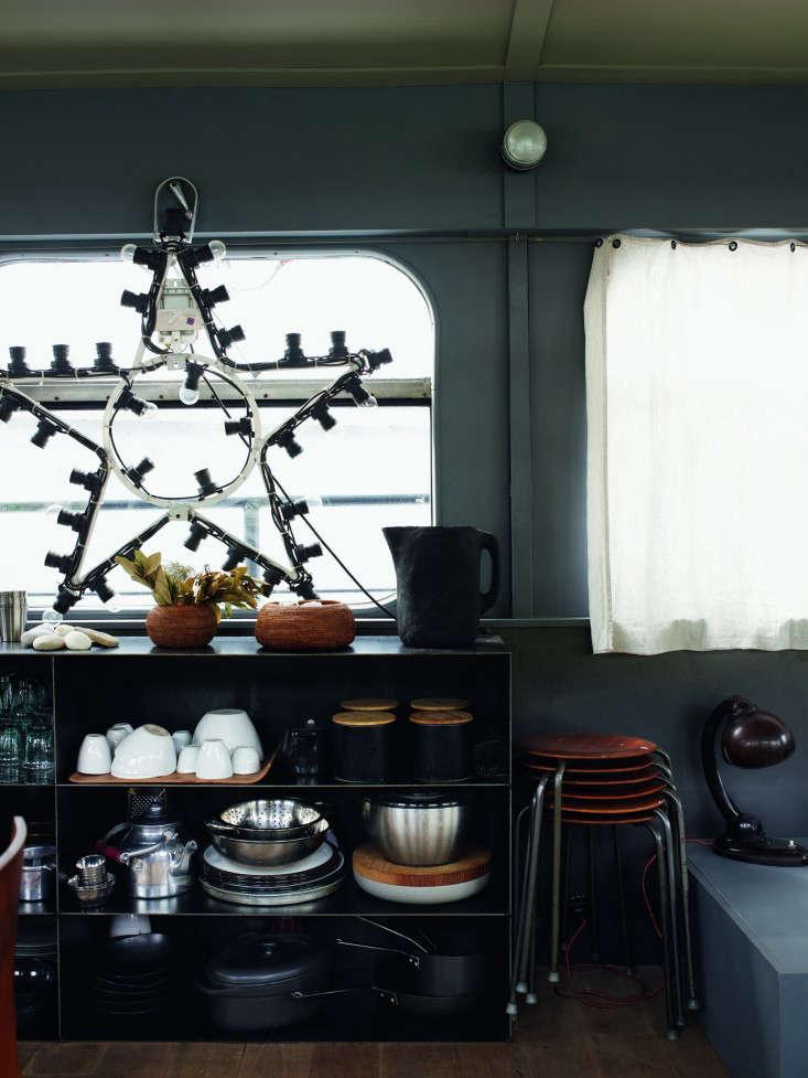 72 Valerie Mazerat houseboat Richard Powers Thames & Hudson Remodelista