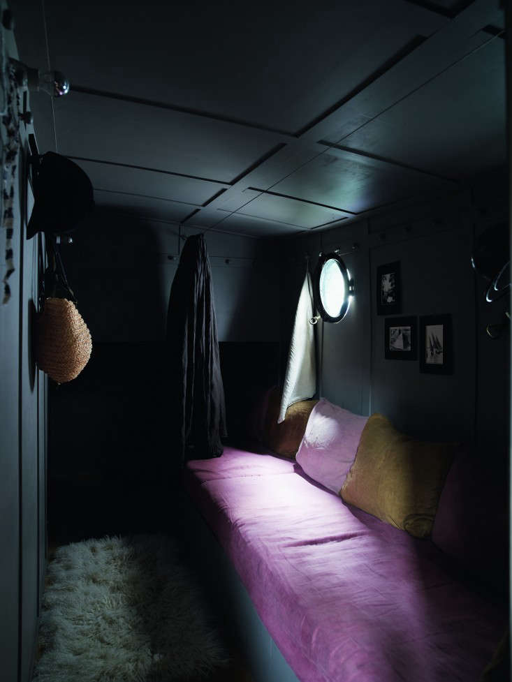 74 Valerie Mazerat houseboat Richard Powers Thames & Hudson Remodelista